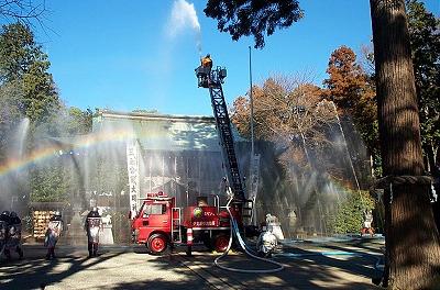 隔年で行われる消防訓練の様子