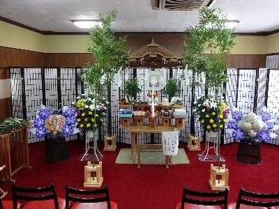 一年祭の祭壇飾り