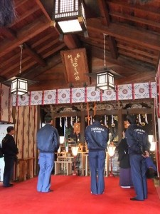社殿の建築・構造を視察