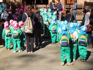 山王幼稚園の園児 年少さん