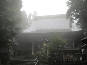 延喜式内名神大社・零羊崎神社