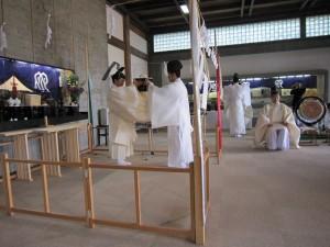 合祀慰霊祭の様子(献饌 けんせん)