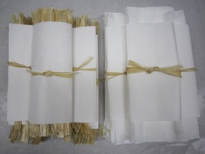 左:麻苧 右:木綿
