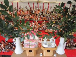 人形展示の様子 (昨年)