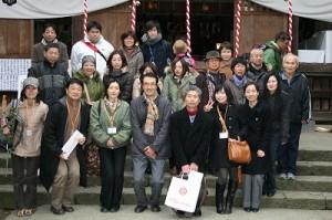 日中友好協会青年学生部会チャイ華の皆さんが、今年も昇殿参拝で来られました。