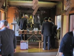 坪ノ内・八幡神社での祈年祭準備