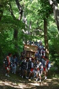 神揃山へ(三之宮道)